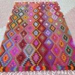 Dekoratif motifli el dokuması kilim modelleri 4