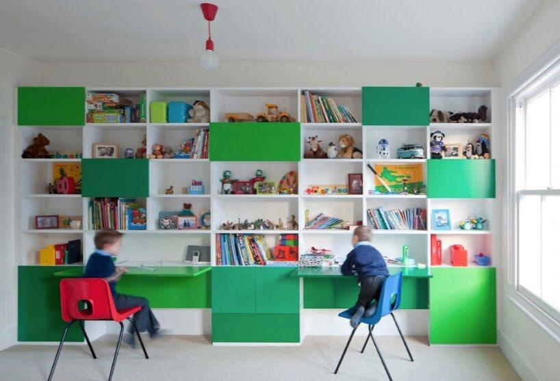 çocuk odası çalışma alanı