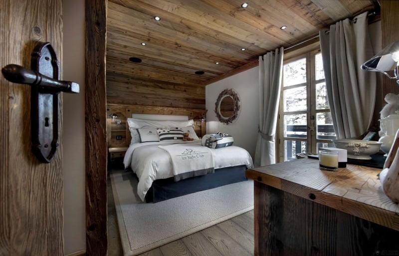 ahşap tasarımlı yatak odası dekorasyon