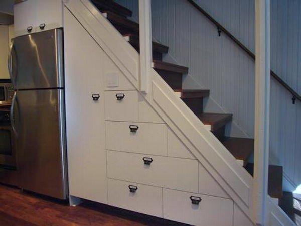 Merdiven Altına Çalışma Ve Depolama Alanı Oluşturma 14