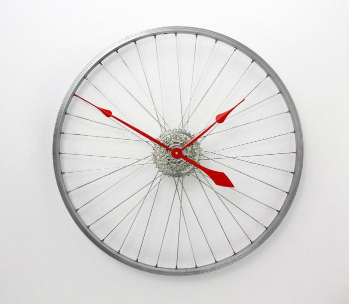 ilginç duvar saat tasarım