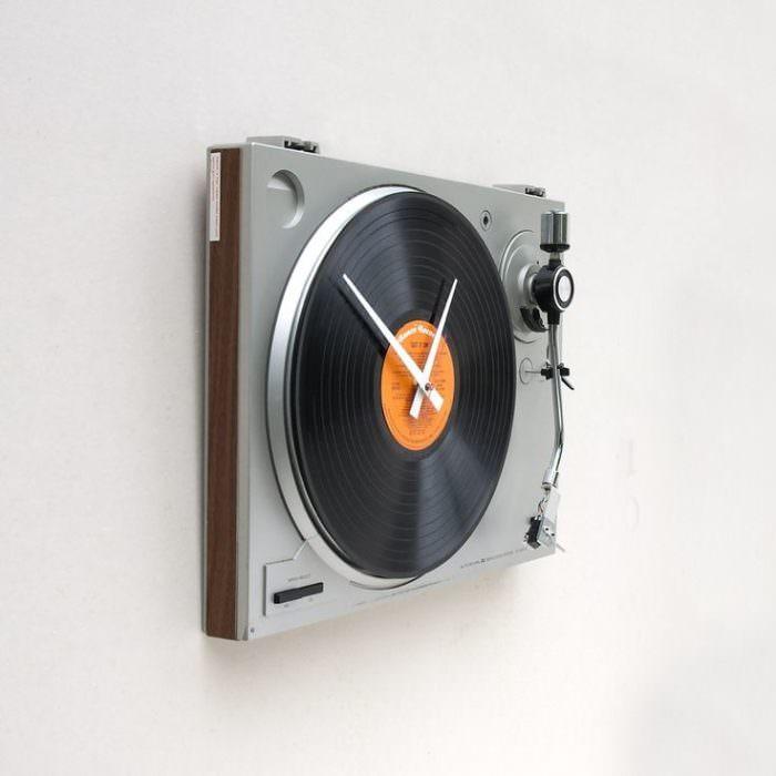 değişik duvar saat modelleri