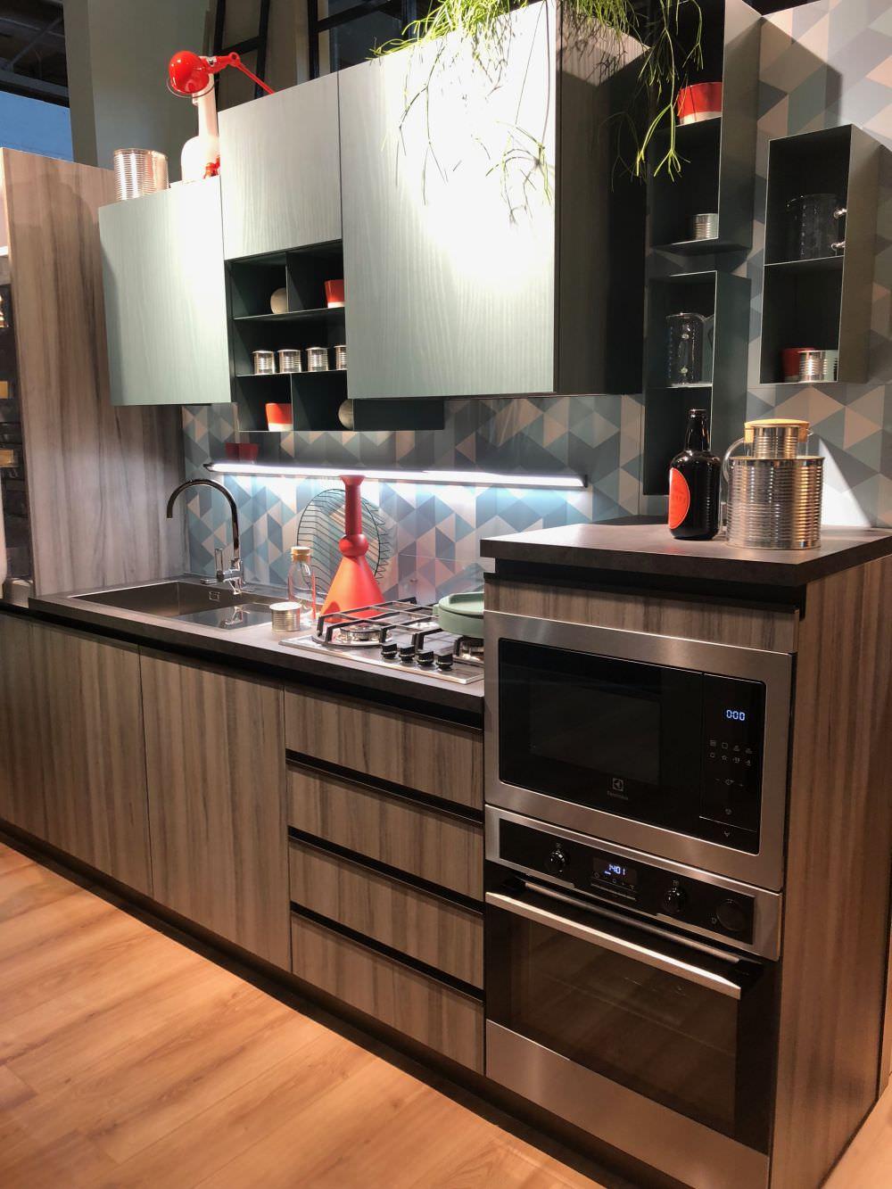 iki-renkli-mutfak-dolap-modelleri