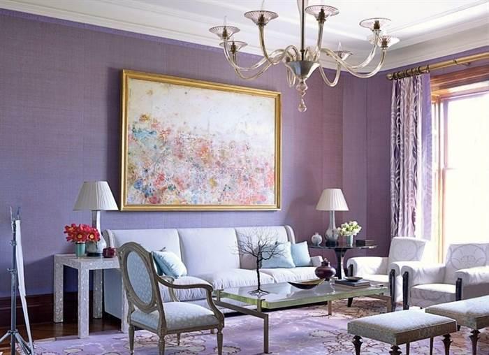 lila-renkli-oturma-odasi-dekorasyon